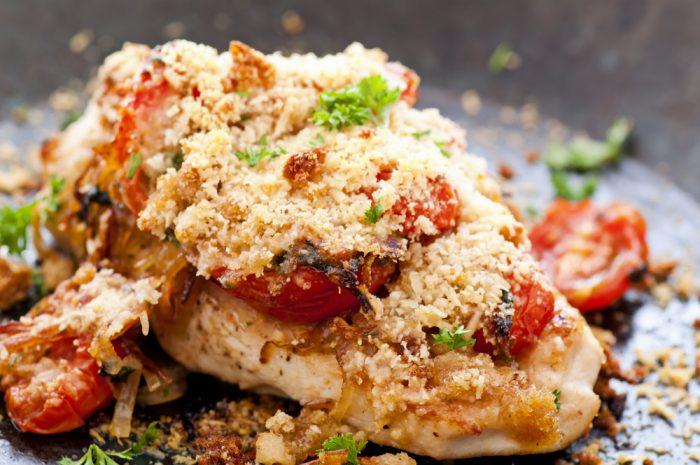 Куриная грудка с томатами и сыром