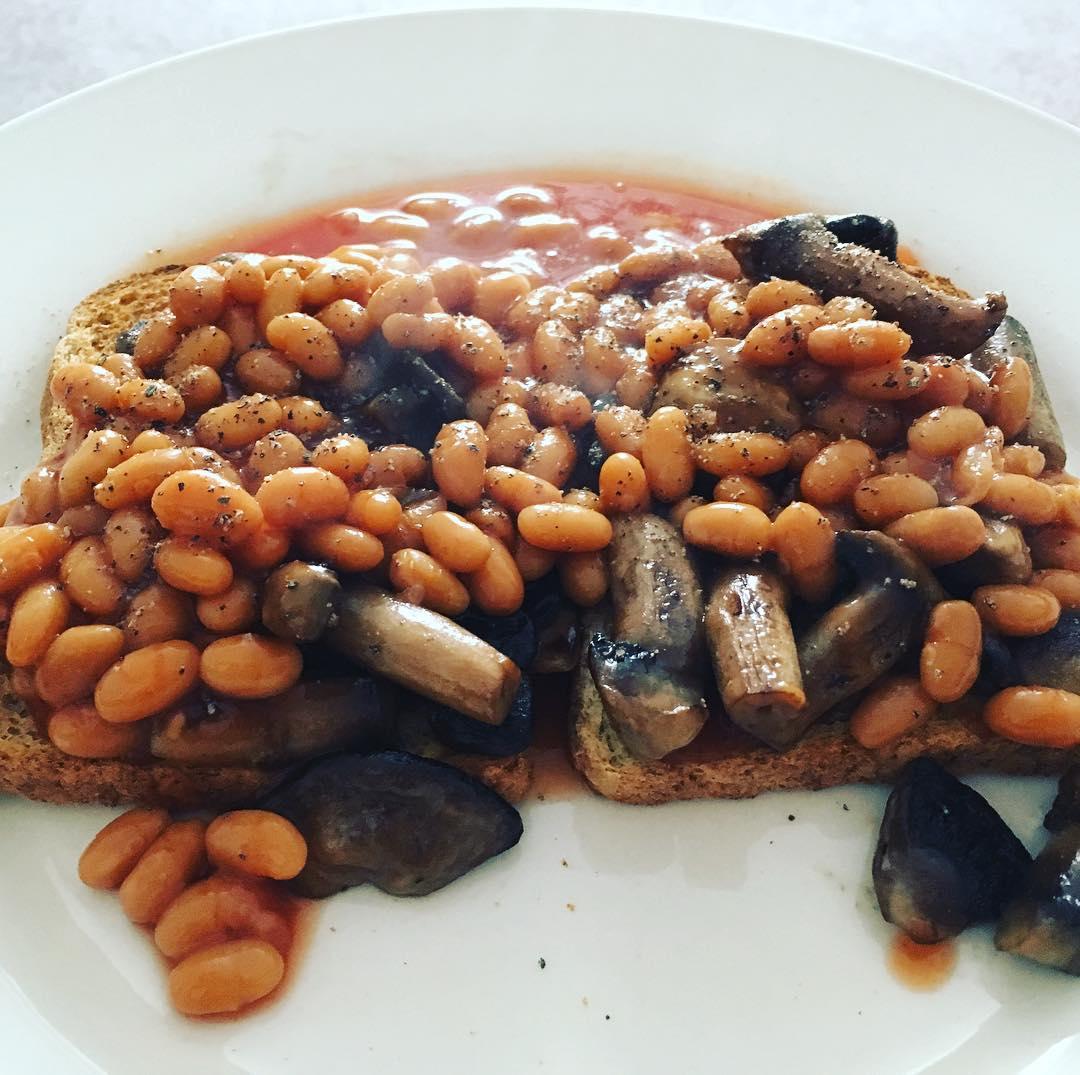 4 сытных и полезных вегетарианских блюда Фасоль с грибами