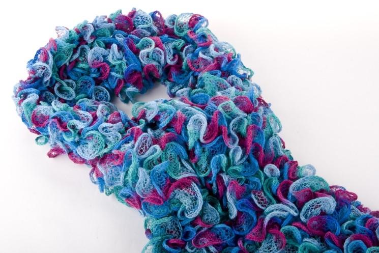 17 шарфиков в подарок на 8 Марта по технике вязания крючком