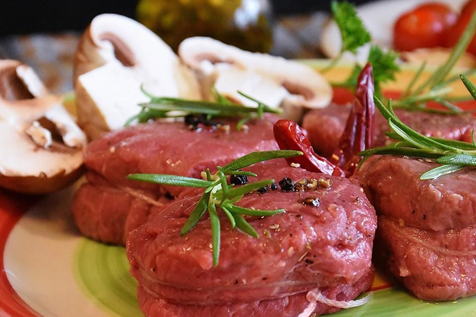 Стейк из телятины с помидорами