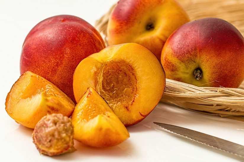 5 весенних продуктов для похудения - Персики