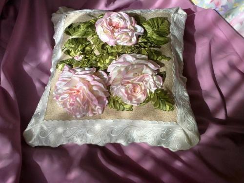 Подушка Розовые пионы
