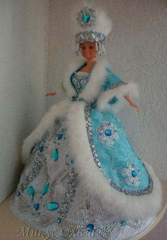 Как сшить платье на куклу своими руками