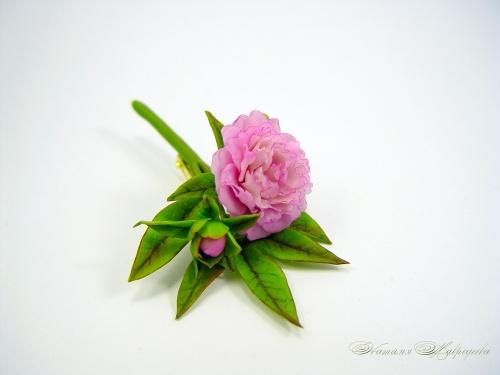 Брошь Веточка розового пиона