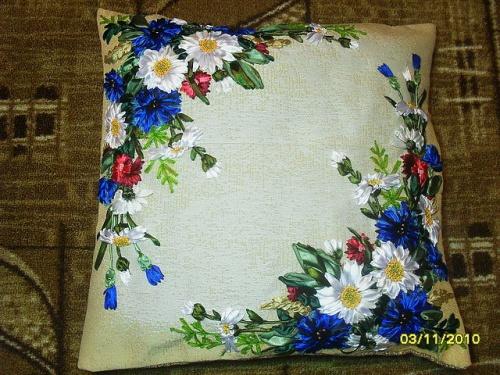 Подушка Цветы в поле