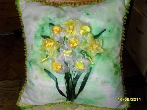 Подушка Майский день
