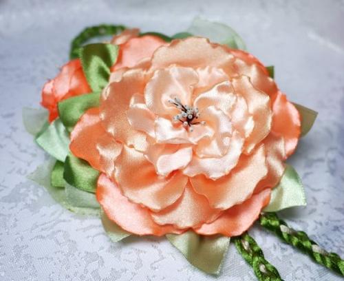 Цветы из атласной ленты по технике канзаши Мак
