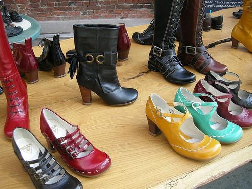 7 Пар Обуви, Которые Должны Быть у Каждой Женщины