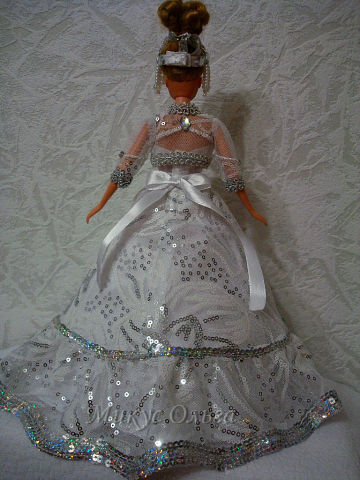 Наряд для куклы Метелица