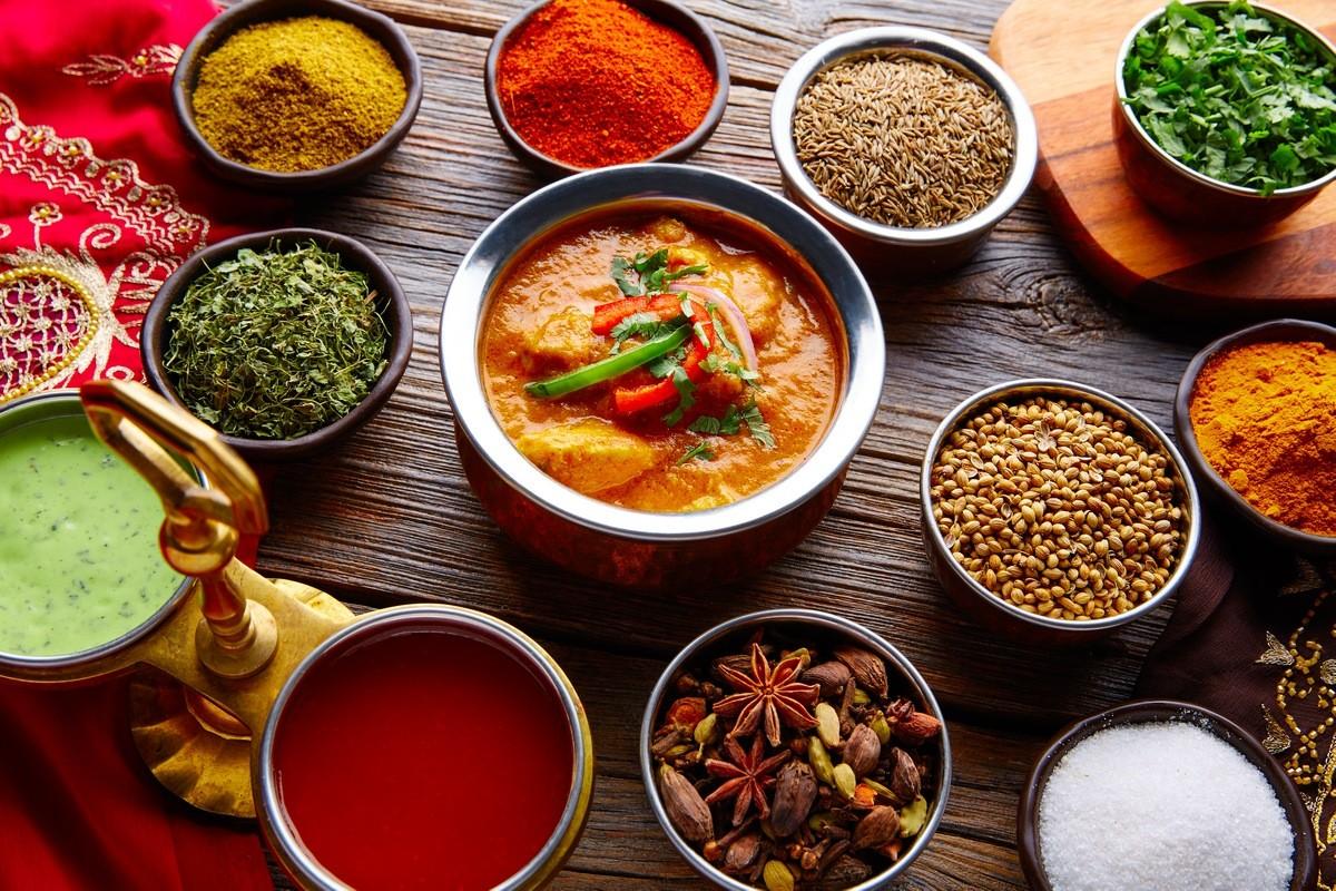 14 продуктов, которые нельзя есть во время беременности Острая еда и специи