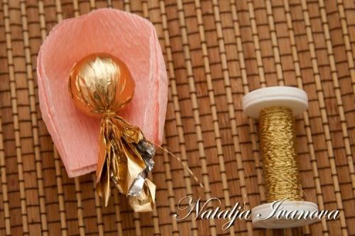 Конфетный Букет роз из Гофрированной Бумаги. Мастер-класс