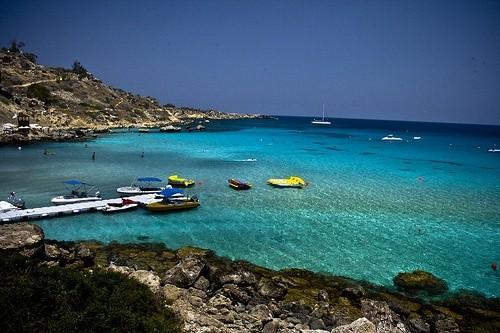 Коннос бэй, Кипр