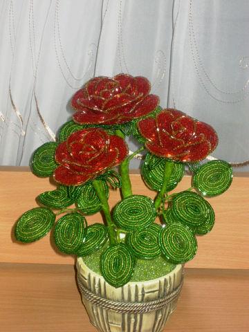 Розы из бисера Мираж