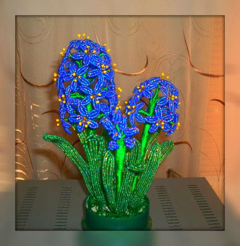 Цветочные композиции из бисера Синий гиацинт