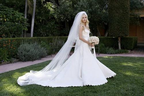 Свадебное платье Аврил Лавин