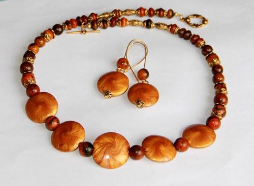Комплект украшений из натурального камня Золото скифов