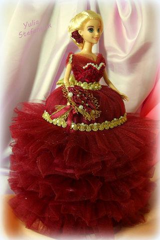 Кукла-шкатулка Королева по технике шитья