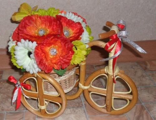 Велосипеды в виде декора Цвета счастья