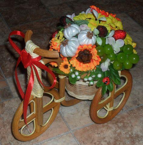 Велосипеды в виде декора Дары природы