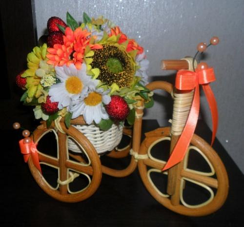 Велосипеды в виде декора Лето
