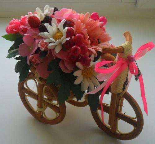 Велосипеды в виде декора Спелое лето