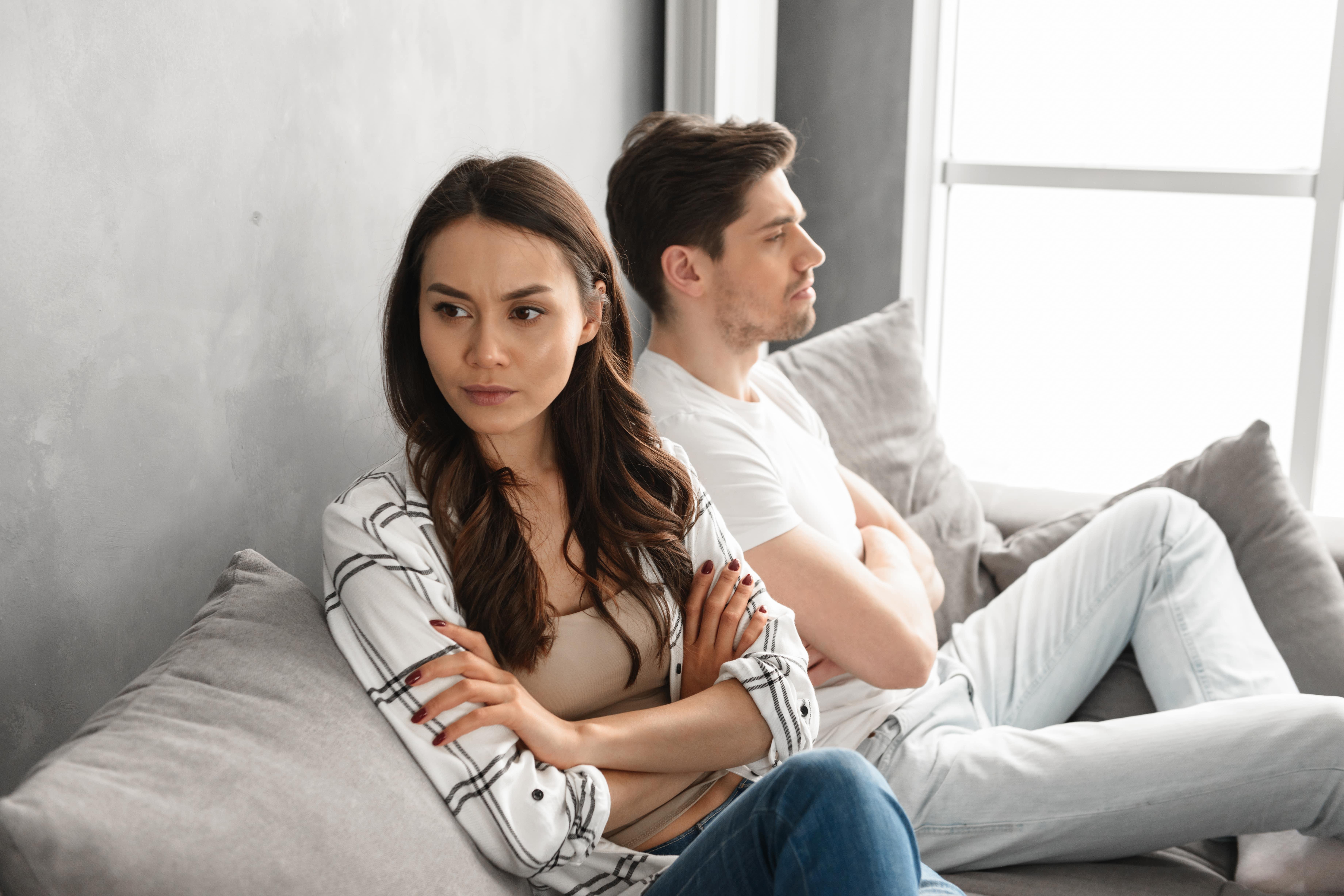 7 верных признаков несчастливых отношений