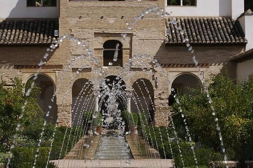 Дворец Альхамбра, Испания