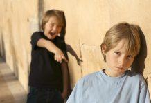 10 признаков издевательства над ребенком в школе