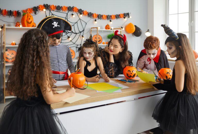 7 способов отметить Хэллоуин в школе