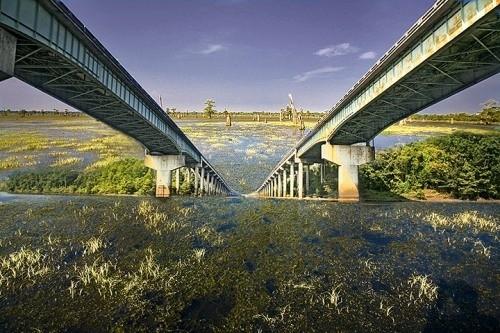 Мост через бассейн реки Атчафалайа, Лос-Анджелес