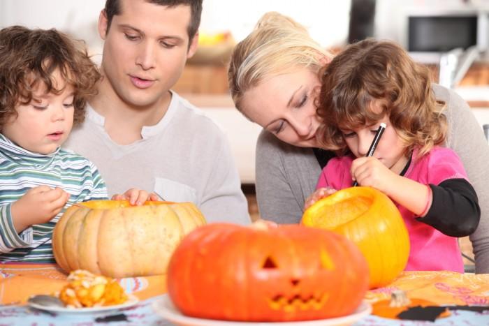 Оформление тыквы на Хеллоуин