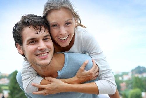 7 Способов Улучшить Отношения с Родными Братьями и Сестрами