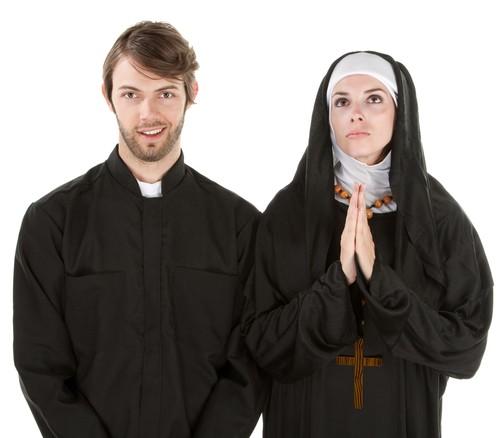 Священник и монахиня