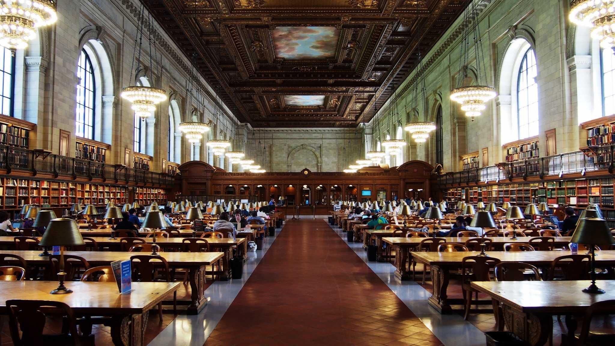 Нью-Йоркская публичная библиотека, Нью-Йорк (США)