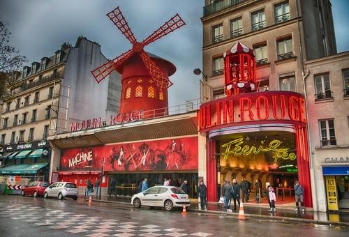 Шоу и представления в Париже