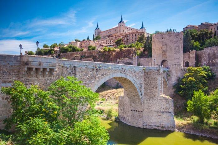 Замок Толедо, Испания