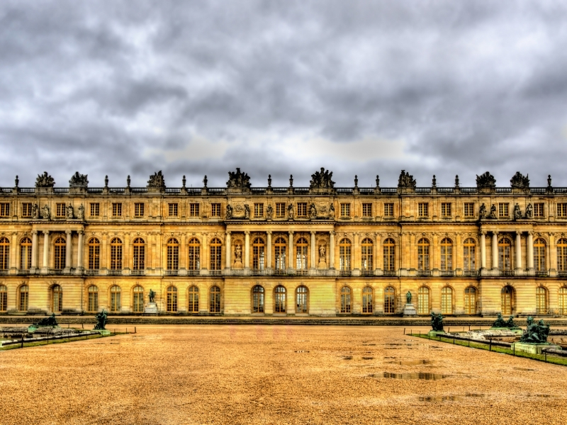 Замок Версаль