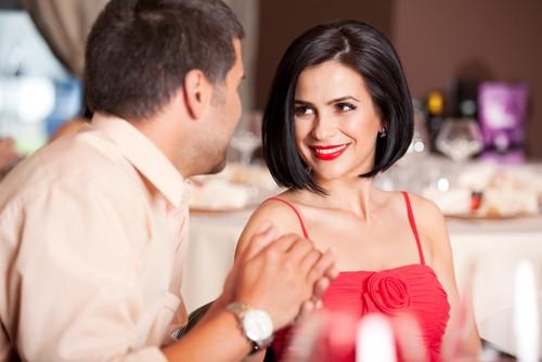 Как Подобрать Одежду для Похода в Ресторан?