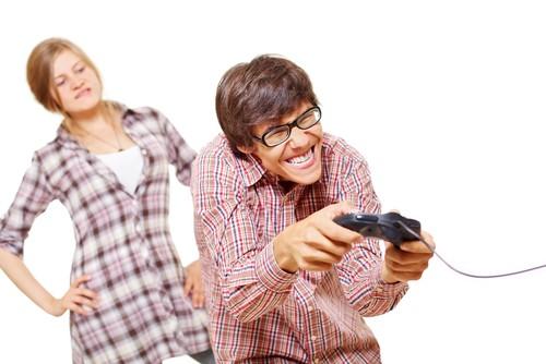 Как Отучить Любимого от Компьютерных Игр?