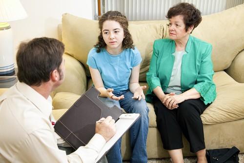 Как Подготовить Дочь к Первому Приему у Гинеколога?