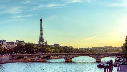 Водные прогулки по реке Сене