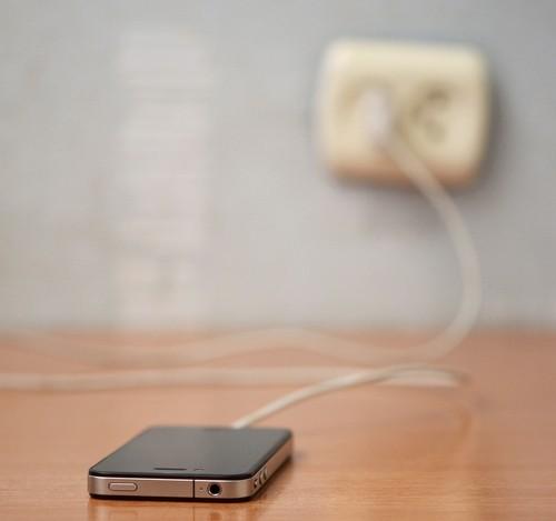 Запасное зарядное устройство для телефона