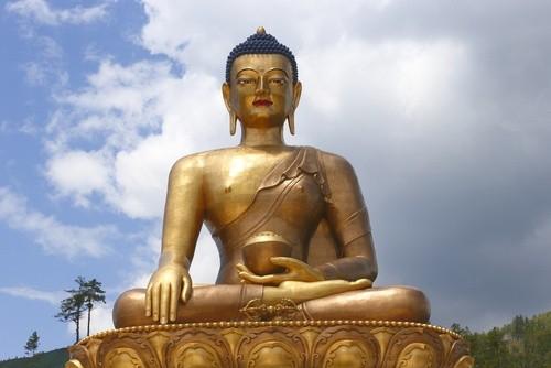 Буддизм и всеобщее национальное счастье