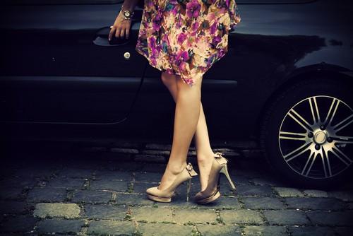 Цветочные принты - Коктейльные Платья