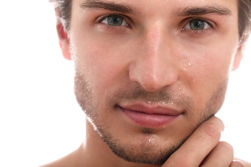 Глаза в мужском теле