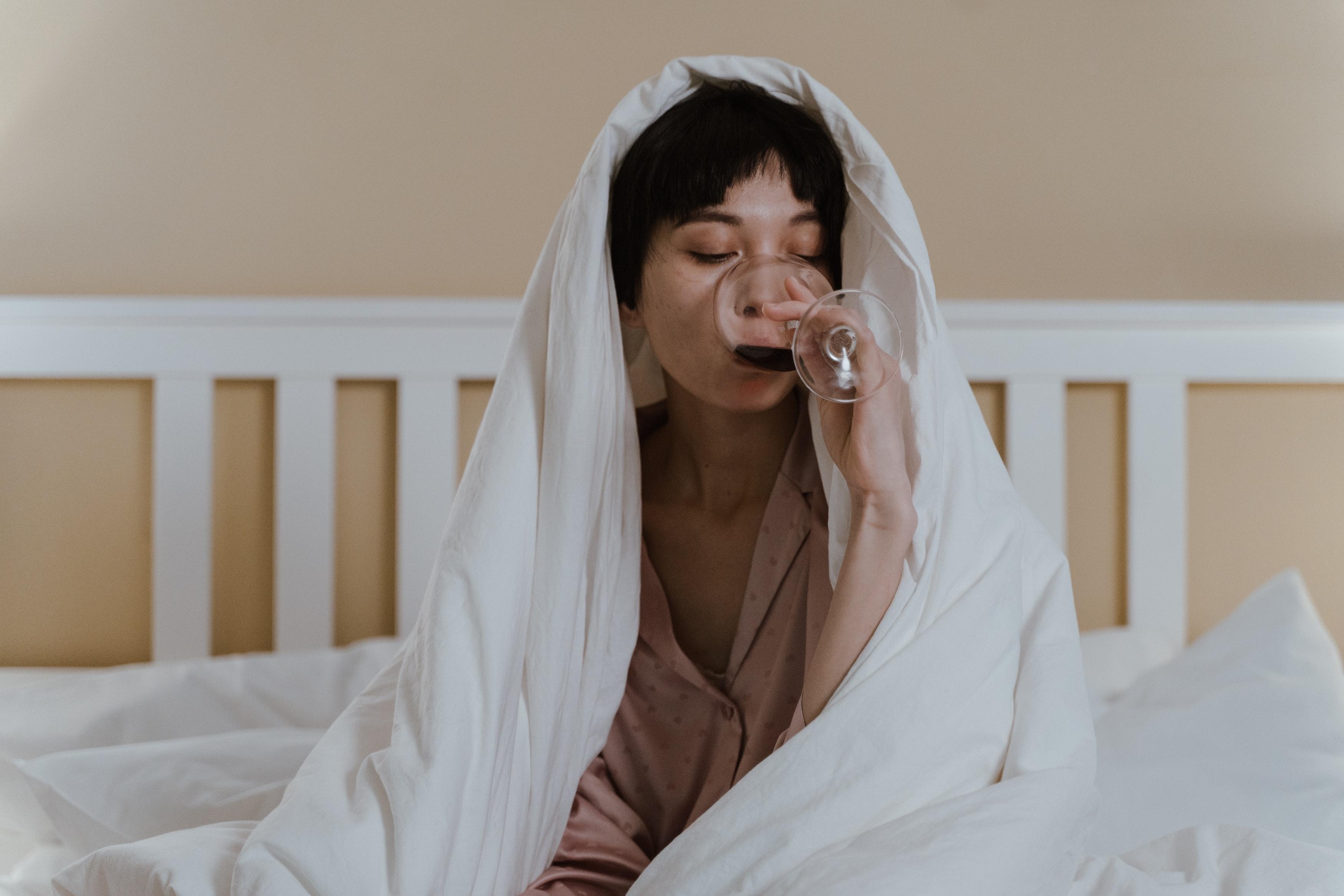 Нельзя употреблять алкоголь перед сном
