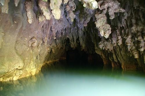 Светящаяся пещера Вайтомо (Новая Зеландия)