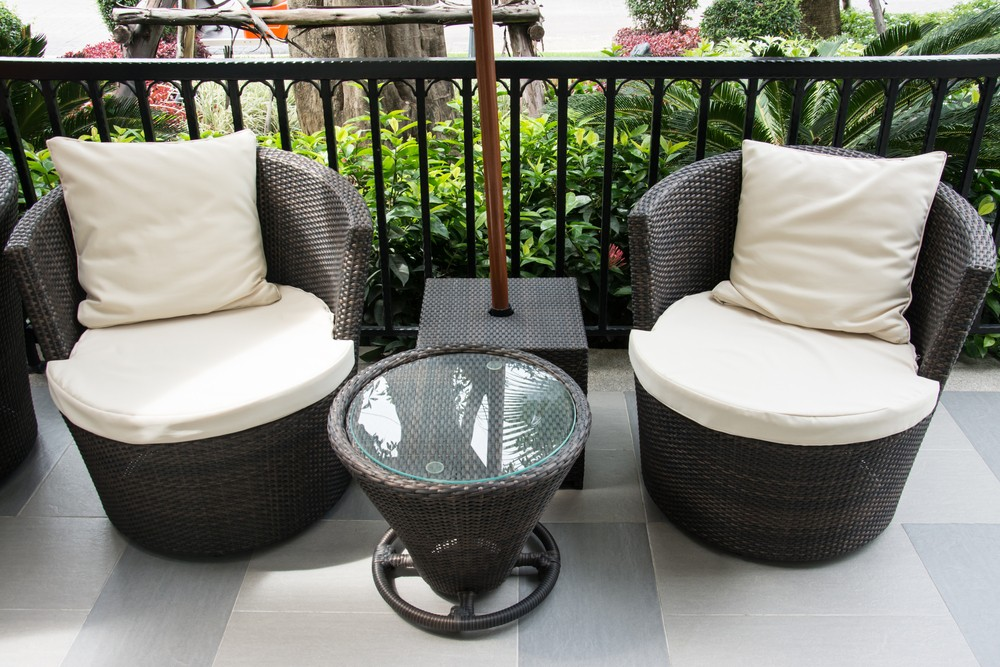 Сделай из балкона кофейню или будуар