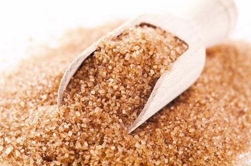 Пилинг тростниковым сахаром