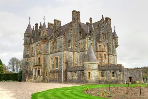 Священный камень в замке Бларни, Ирландия